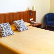 cama-matrimonio-hotel-bergapark